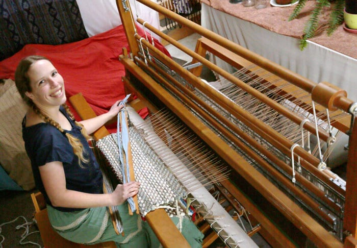 Learn to Weave - Aurora Lindquist